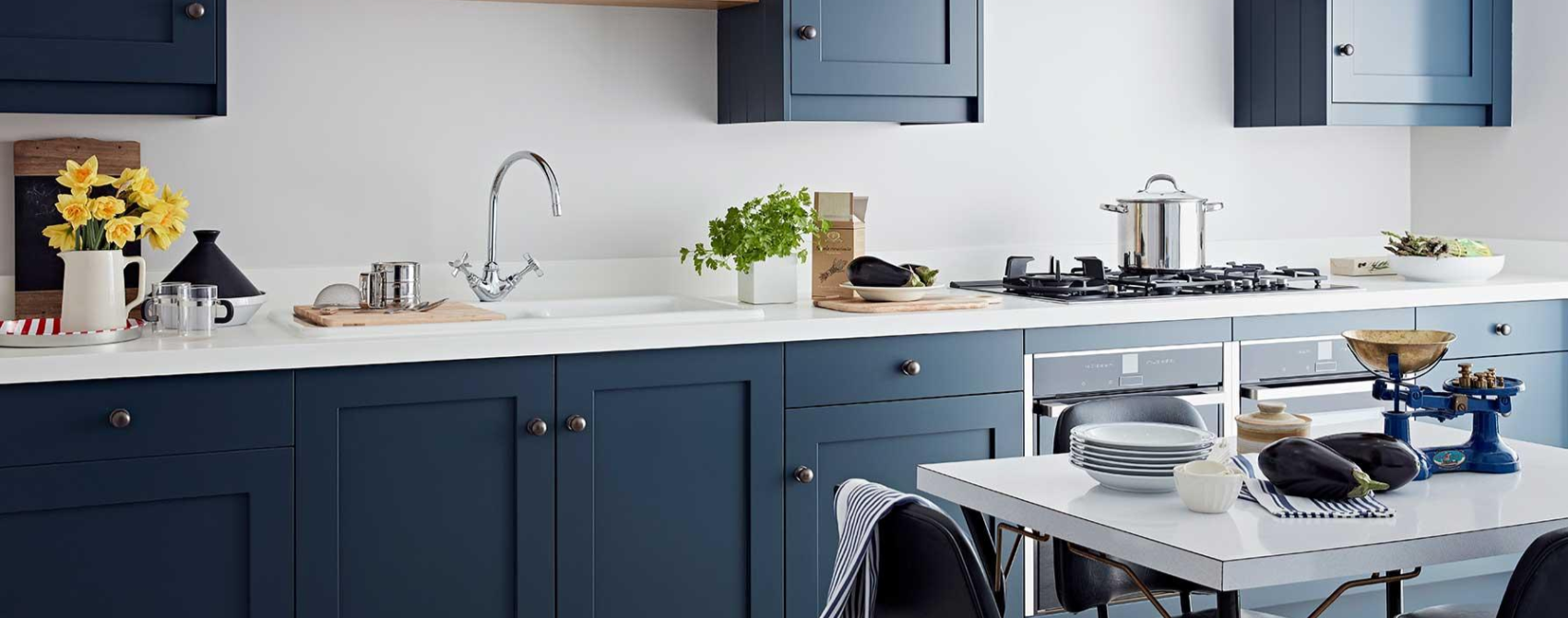 blue shaker kitchens